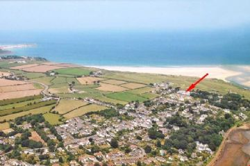 Holiday Home, Flat sold in Lelant: Manor Close, Church Lane, Lelant, St Ives, Cornwall.  TR26 3DR, £325,000