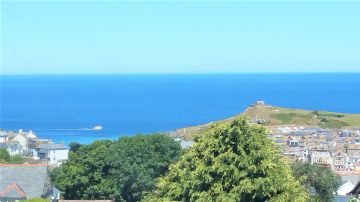 Holiday Home, Flat sold in St Ives: Orchard Walls, Bishops Road, St Ives, Cornwall.  TR26 2BY, £250,000