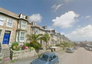 Terraced, House for sale in Penzance: Penare Road, Penzance, Cornwall.  TR18 3AJ, £280,000