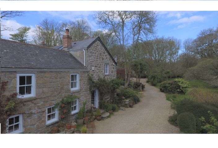 Detached House, 4 bedroom Property for sale in Lamorna, Cornwall for £650,000, view photo 3.