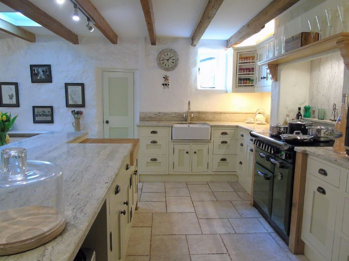 Detached House, 4 bedroom Property for sale in Lamorna, Cornwall for £650,000, view photo 8.
