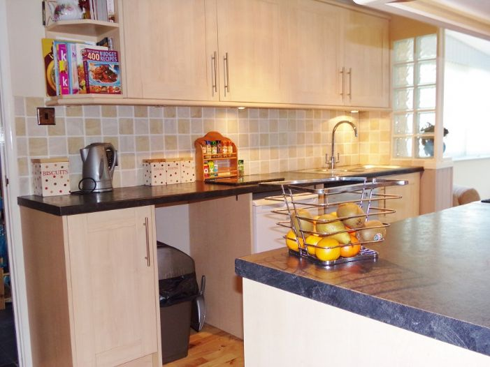 House, 5 bedroom Property for sale in Penzance, Cornwall for £290,000, view photo 6.