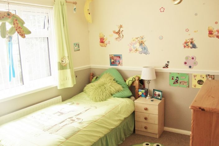 House, 5 bedroom Property for sale in Penzance, Cornwall for £290,000, view photo 12.