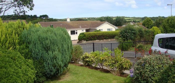 House, 5 bedroom Property for sale in Penzance, Cornwall for £290,000, view photo 16.