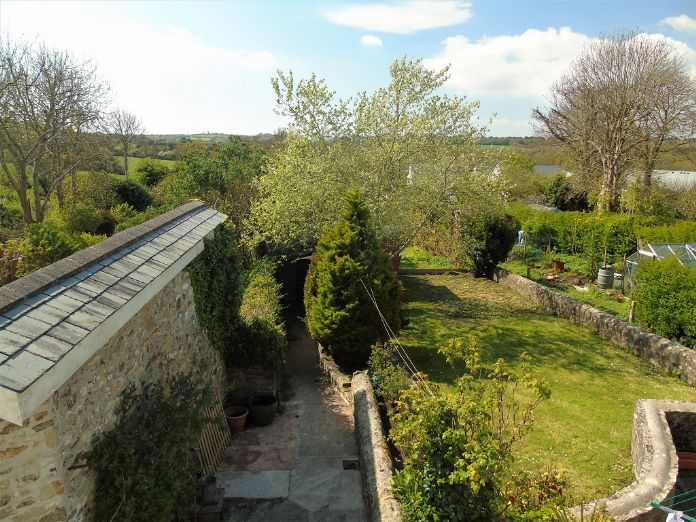 Terraced, House, 3 bedroom Property for sale in St Erth, Cornwall for £220,000, view photo 12.