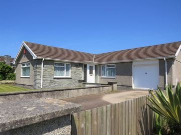 Detached Bungalow for sale in Penzance: Bowglas Close, Ludgvan, Penzance, Cornwall.  TR20 8HH, £300,000
