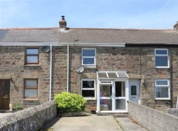 Terraced, House for sale in Redruth: 21 Albion Row, Carharrack, Redruth, Cornwall.  TR16 5QW, £160,000