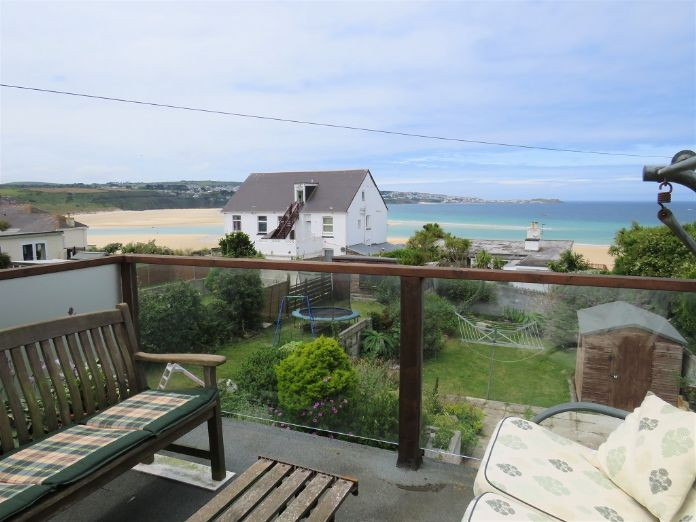 End of Terrace, House, 3 bedroom Property for sale in Hayle, Cornwall for £350,000, view photo 3.
