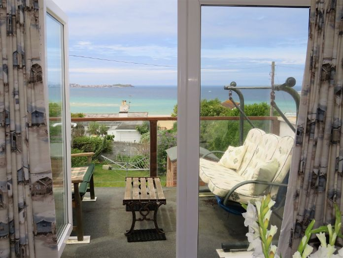 End of Terrace, House, 3 bedroom Property for sale in Hayle, Cornwall for £350,000, view photo 4.