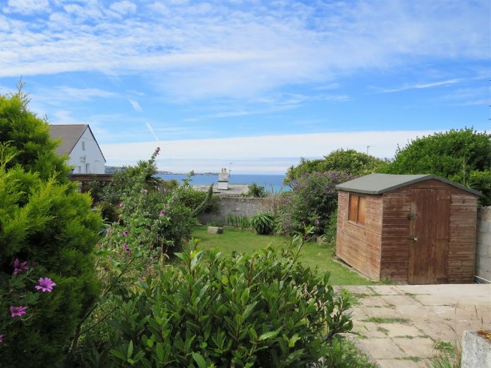 End of Terrace, House, 3 bedroom Property for sale in Hayle, Cornwall for £350,000, view photo 15.