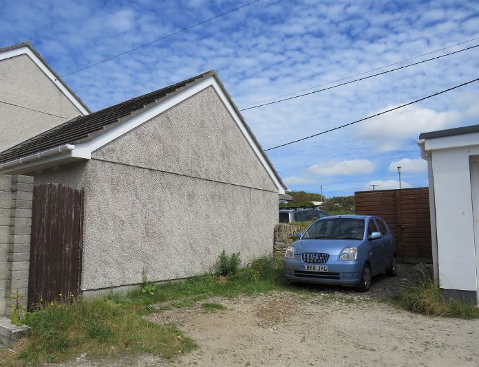 End of Terrace, House, 3 bedroom Property for sale in Hayle, Cornwall for £350,000, view photo 16.