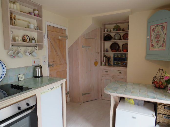 Detached House, 2 bedroom Property for sale in Mousehole, Cornwall for £350,000, view photo 9.