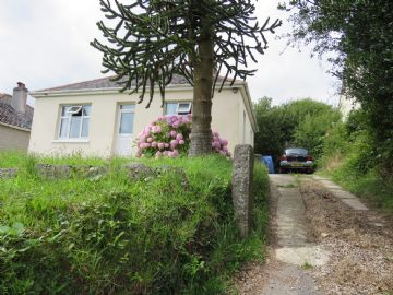 Detached Bungalow for sale in Penzance: 58 Main Road, Crowlas, Penzance, Cornwall.   TR20 8DP, £150,000