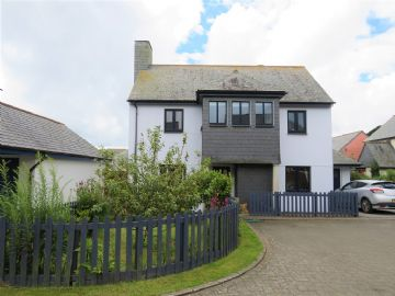 Detached House for sale in St Buryan: Lefra Orchard, St Buryan, Penzance, Cornwall.  TR19 6EP, £300,000