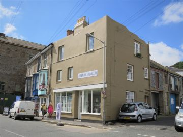 End of Terrace, House, Holiday Home for sale in Newlyn: The Strand, Newlyn, Penzance, Cornwall.  TR18 5HW, £350,000