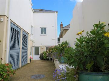 Holiday Home, Flat for sale in St Ives: Trevose Flats, St Ives Road, Carbis Bay, St Ives, Cornwall.  TR26 2FZ, £160,000