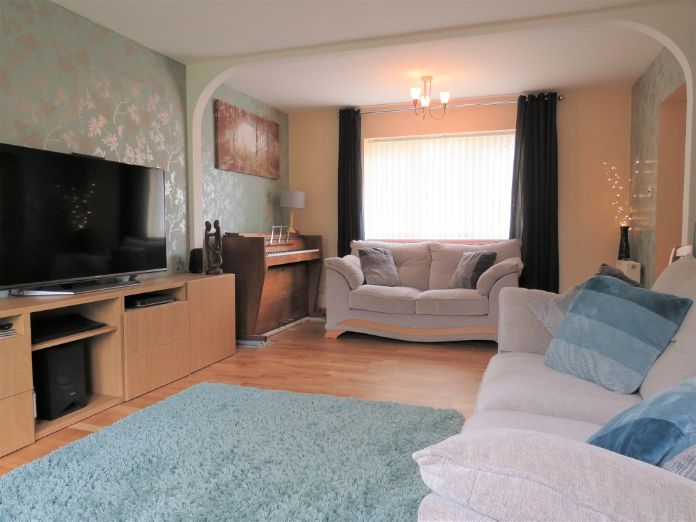 Detached House, 4 bedroom Property for sale in Praze, Cornwall for £249,995, view photo 3.
