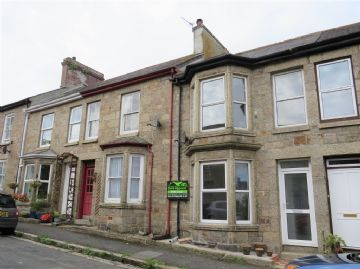 Terraced, House sold in Penzance: Richmond Street, Penzance, Cornwall.  TR18 2PP, £180,000