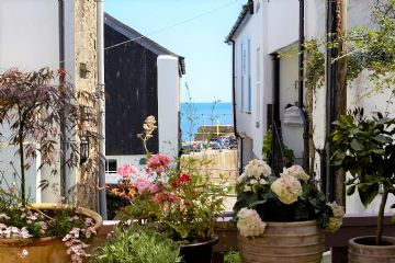 Flat for sale in Mousehole: T, Commercial Road, Mousehole, Cornwall.  TR19 6QG, £300,000