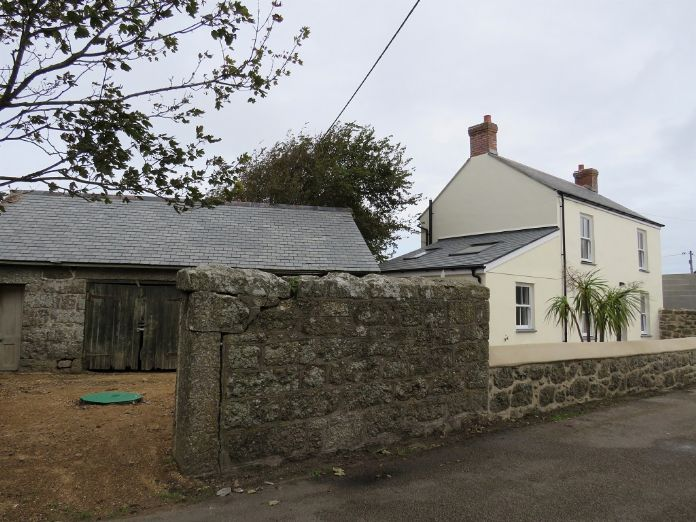 Detached House, 3 bedroom Property for sale in St Levan, Cornwall for £325,000, view photo 3.