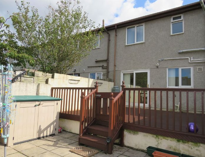 End of Terrace, 3 bedroom Property for sale in Camborne, Cornwall for £170,000, view photo 1.