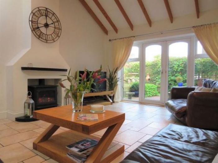 Detached House, 4 bedroom Property for sale in Newlyn, Cornwall for £325,000, view photo 1.