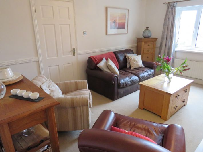 Detached House, 4 bedroom Property for sale in Newlyn, Cornwall for £325,000, view photo 7.