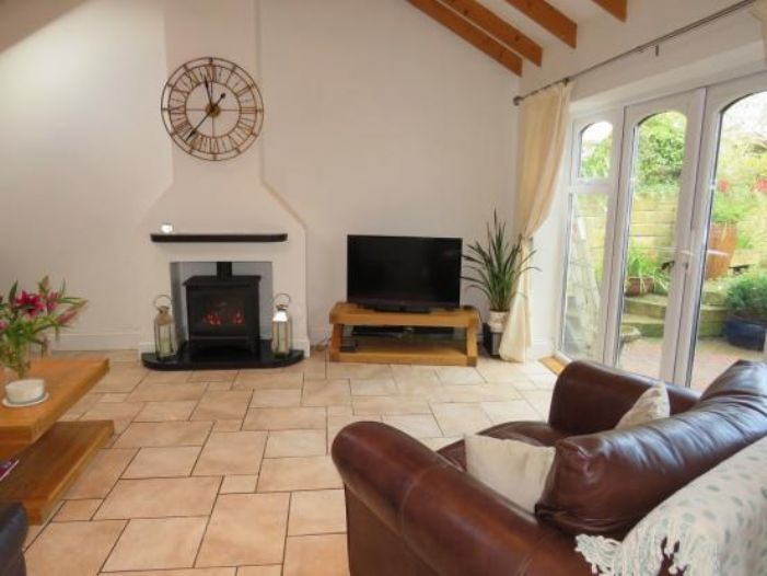 Detached House, 4 bedroom Property for sale in Newlyn, Cornwall for £325,000, view photo 8.