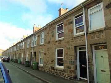 Terraced, House for sale in Penzance: Caldwells Road, Penzance, Cornwall.  TR18 2BP, £150,000