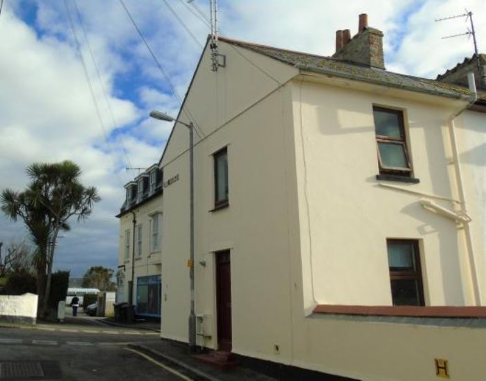 End of Terrace, 3 bedroom Property for sale in Penzance, Cornwall for £200,000, view photo 16.