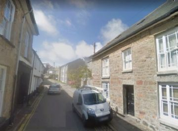 Holiday Home, Flat for sale in Penzance: Foster Hall, 20 New Street, Penzance, Cornwall.  TR18 2NE, £140,000