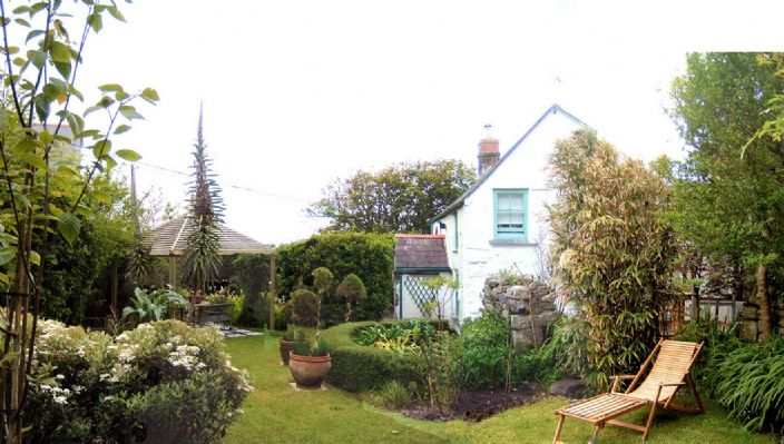 Detached House, 4 bedroom Property for sale in Pendeen, Cornwall for £450,000, view photo 1.