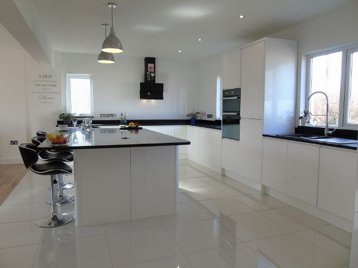 Detached House 7 Bedroom Property For Sale In Helston Cornwall