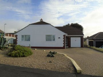Detached Bungalow for sale in Hayle: Trelissick Fields, Hayle, Cornwall TR27 6HZ, £340,000