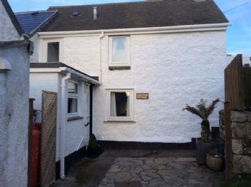 Semi Detached House for sale in St Ives: Halestown Road, St Ives, Cornwall TR26 3AQ, £190,000