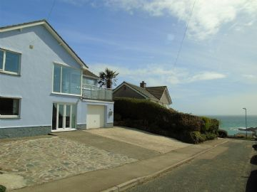 Detached House for sale in Mousehole: Prevenna Road, Mousehole, Penzance, Cornwall TR19 6PZ, £550,000
