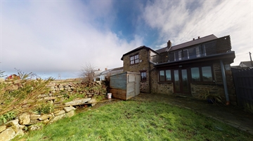 Detached House sold in Pendeen: Pendeen, Penzance, Cornwall TR19 7SL, £280,000