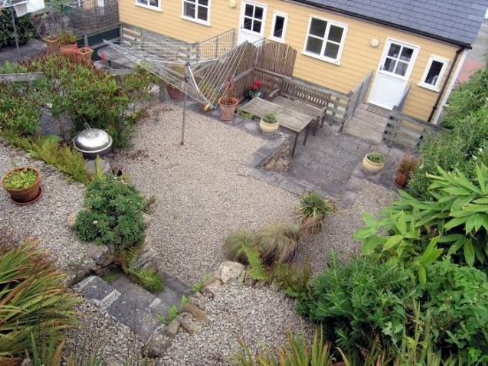 End of Terrace, House, 3 bedroom Property for sale in Sennen Cove, Cornwall for £475,000, view photo 15.