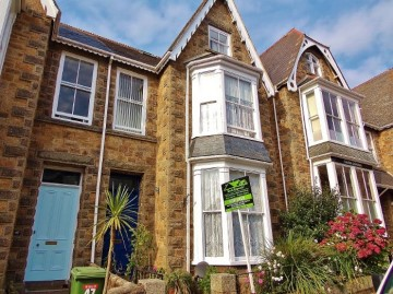House sold in Penzance: Morrab Road, Penzance, Cornwall, £300,000