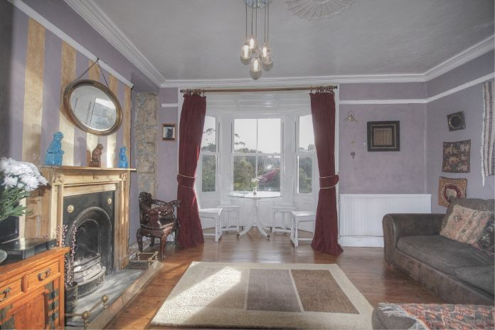 Terraced, House, 4 bedroom Property for sale in Penzance, Cornwall for £400,000, view photo 10.