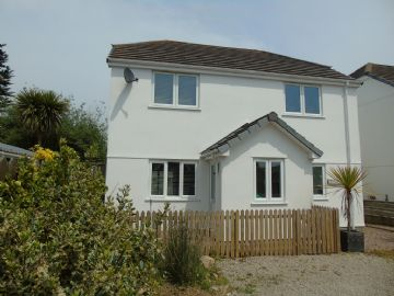 Detached House for sale in Rosudgeon: The Palms, Helston Road, Rosudgeon, Penzance, Cornwall TR20 9AJ, £350,000
