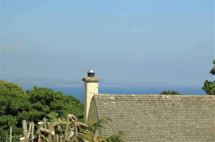 Semi Detached House, 2 bedroom Property for sale in Penzance, Cornwall for £220,000, view photo 5.