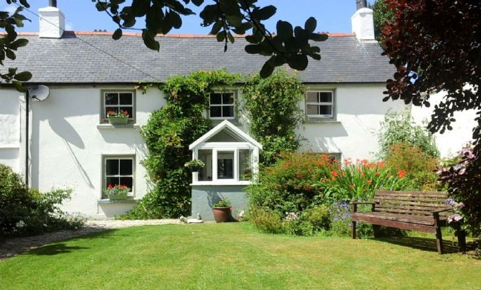 Detached House, 4 bedroom Property for sale in Barripper, Cornwall for £450,000, view photo 1.
