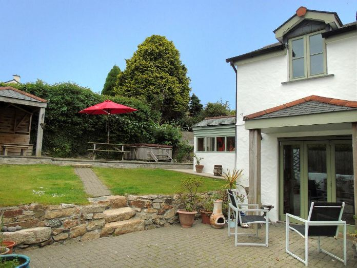 Detached House, 4 bedroom Property for sale in Barripper, Cornwall for £450,000, view photo 5.