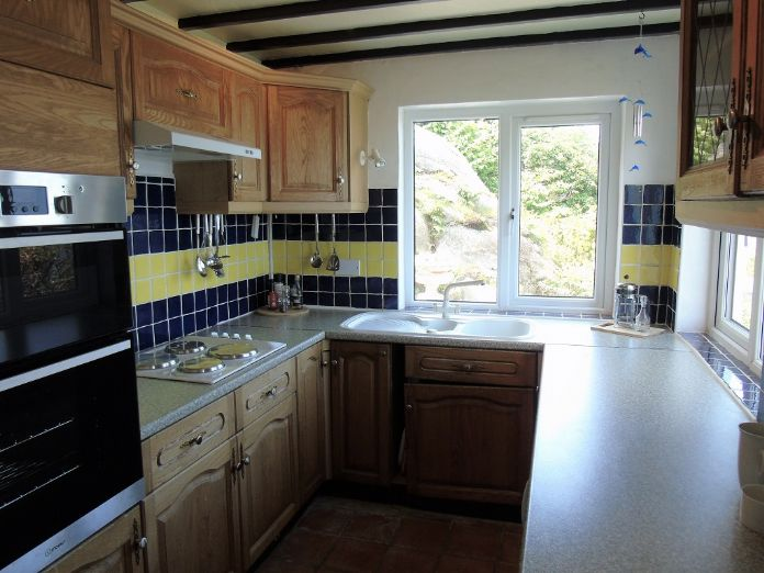 Detached House, 2 bedroom Property for sale in Sennen Cove, Cornwall for £425,000, view photo 6.