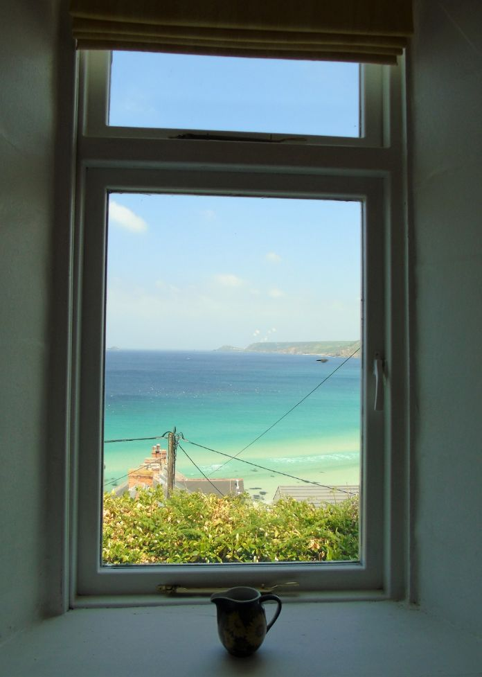 Detached House, 2 bedroom Property for sale in Sennen Cove, Cornwall for £425,000, view photo 9.