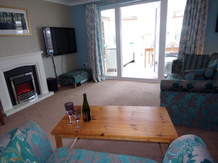 House, 4 bedroom Property for sale in Hayle, Cornwall for £220,000, view photo 4.