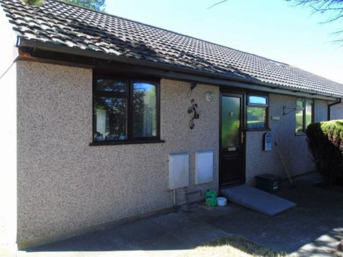 Semi Detached Bungalow, 2 bedroom Property for sale in Gulval, Cornwall for £180,000, view photo 5.