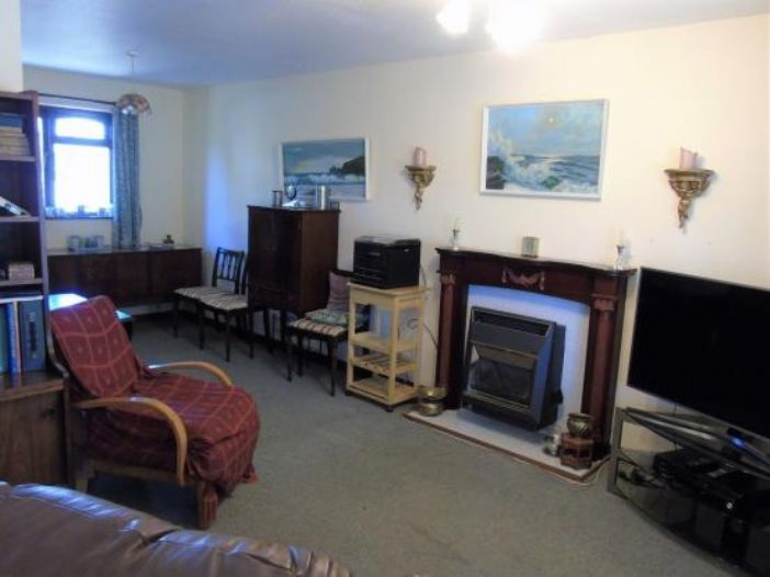 Semi Detached Bungalow, 2 bedroom Property for sale in Gulval, Cornwall for £180,000, view photo 7.