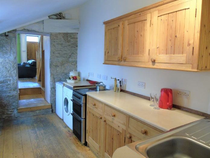 Terraced, House, 2 bedroom Property for sale in St Just, Cornwall for £190,000, view photo 8.